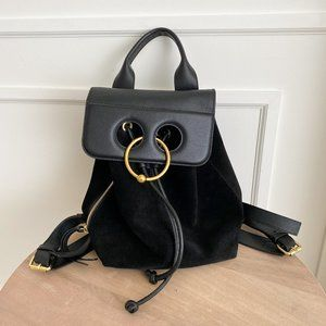 💯 J.W. Anderson Mini Pierce Backpack - Black